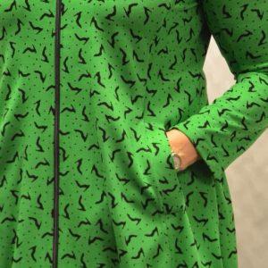 upeanainen-hupparitakki-vihreä
